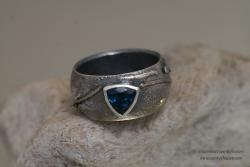 Vetus Schola Petrol Ring