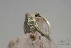 Twiggy ring met 3 toermalijnen