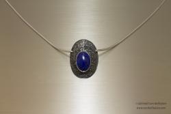 Zilveren gereticuleerde hanger met lapiz Lazuli